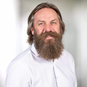 Dr. Holger Thiel_quer