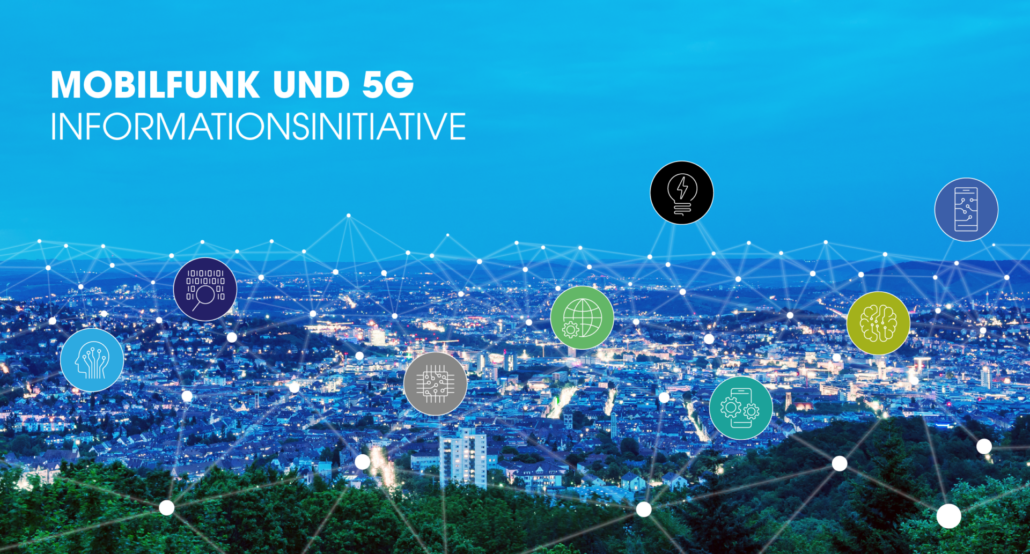 Auf der Ansicht von Stuttgart in der Dämmerung sind verschiedenfarbige Icons verteilt und über ein Netz aus Linien miteinander verbunden.